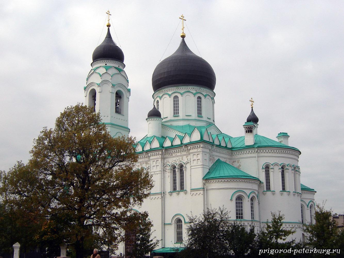Собор Архангела Михаила (Ломоносов)