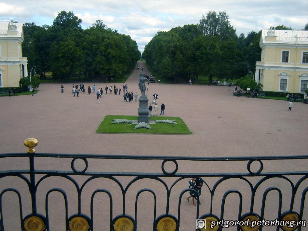 Павловский Дворец. Вид из окна