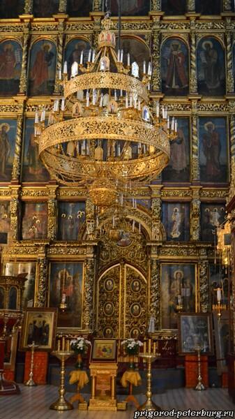 Иконостас Троицкого собор в Пскове
