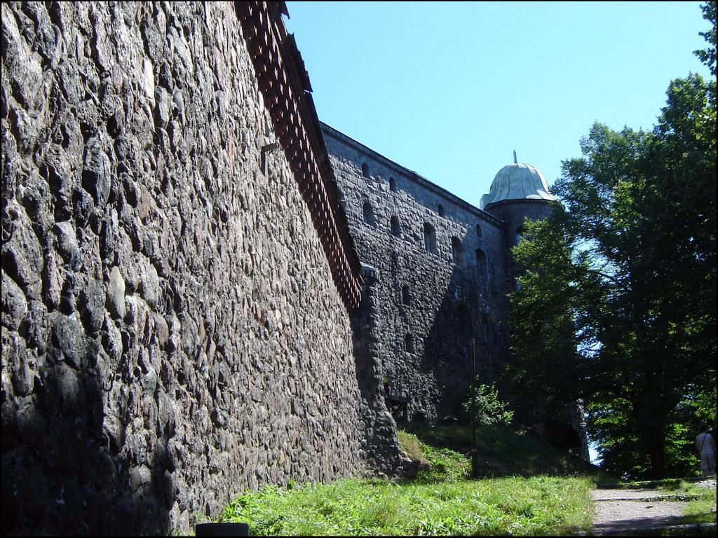 Выборгский замок. Каменная стена